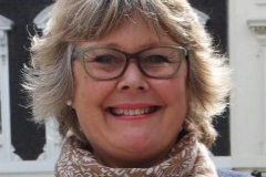 Clare Perkins