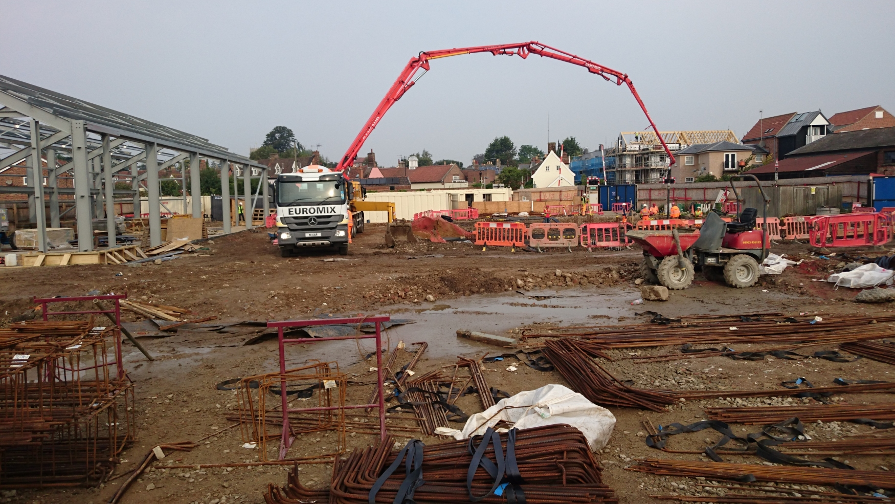 Concreting-the-ring-beams